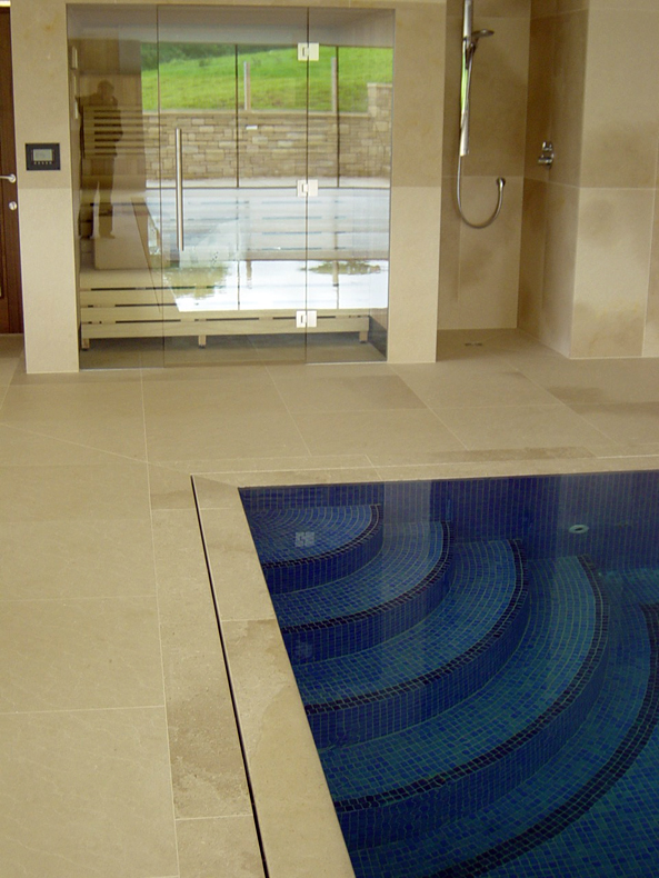 A Quality Outdoor Swimming Pool In Weybridge Surrey Clearwater Swimming Pools Ltd