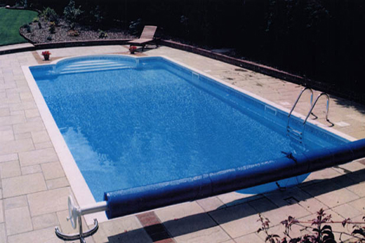 Quality outdoor swimming pools by clearwater swimming pools ltd for Swimming pools buckinghamshire