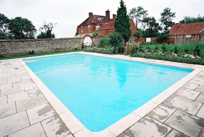 swimming pool outdoor construction in faringdon oxfordshire pool 2 clearwater swimming