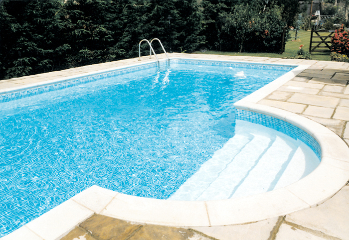 Swimming Pool Outdoor Construction In Standlake Oxfordshire Clearwater Swimming Pools Ltd