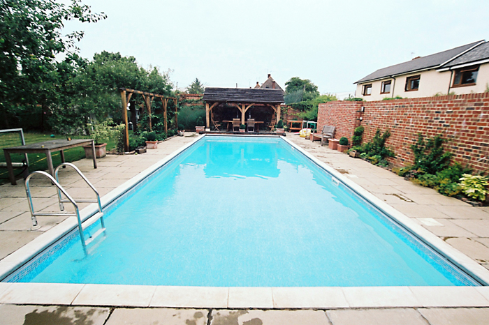 Swimming Pool Outdoor Construction In Wallingford Oxfordshire Clearwater Swimming Pools Ltd