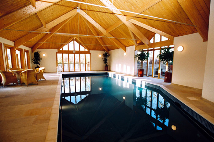Swimming pool indoor oak framed building in cambridge Swimming pools in cambridge uk
